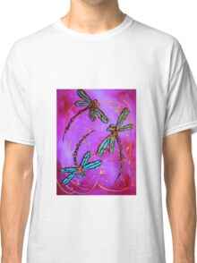 """Dragonfly Flit - """"Mad Magenta"""" Classic T-Shirt"""