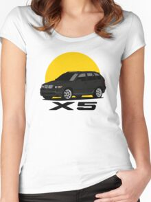 BMW X5 4.8is (E53) (black) Women's Fitted Scoop T-Shirt