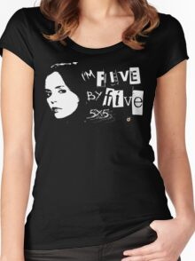 I'M FIVE BY FIVE Women's Fitted Scoop T-Shirt