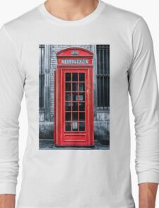 London - Telephone booth alone Long Sleeve T-Shirt
