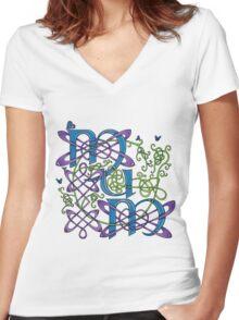 """""""Mum"""" Celtic Butterflies Design Women's Fitted V-Neck T-Shirt"""
