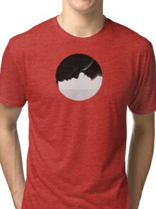 Persona (sombras) Tri-blend T-Shirt