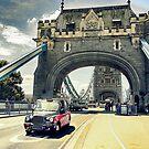 Tower Bridge, London by flashcompact