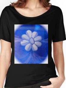 White flower abstract Women's Relaxed Fit T-Shirt