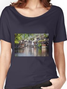 Cleaning the Canal Women's Relaxed Fit T-Shirt