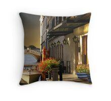 (◡‿◡✿) (◕‿◕✿) Lovers Stroll In Venice Throw Pillow (◡‿◡✿) (◕‿◕✿) Throw Pillow