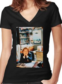 DANA SCULLY x files - I Want To Believe Women's Fitted V-Neck T-Shirt