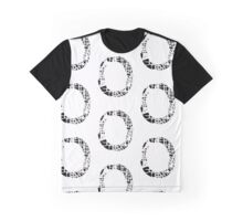 O Graphic T-Shirt