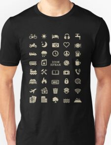 Cool Traveller T-shirt - Iconspeak T-shirt - 40 Travel Icons Unisex T-Shirt