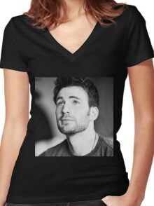chris evans  Women's Fitted V-Neck T-Shirt