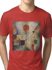 Paul Klee - Red Balloon. Abstract painting: abstract art, geometric, Balloon, composition, lines, forms, creative fusion, spot, shape, illusion, fantasy future Tri-blend T-Shirt