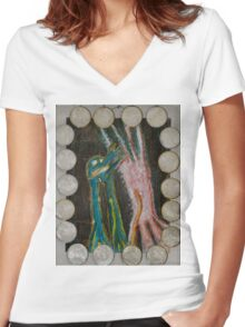 Eve - Shells Around Women's Fitted V-Neck T-Shirt