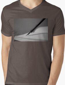 Quill in Black & White Mens V-Neck T-Shirt