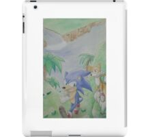 Sonic and Tails run for a friend! iPad Case/Skin