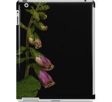 Digitalis purpurea pink foxglove iPad Case/Skin