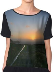 Walk along the coast at Eary Cushlin - photography Chiffon Top