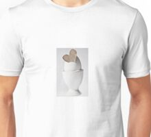 Happy Easter: Brown Heart Unisex T-Shirt