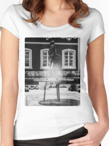 Flower show statue Women's Fitted Scoop T-Shirt