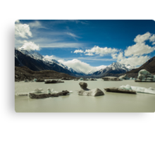 Lake Tasman, New Zealand Canvas Print