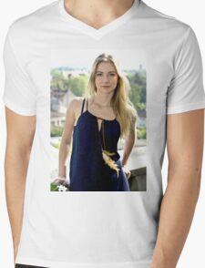 B 17 Mens V-Neck T-Shirt