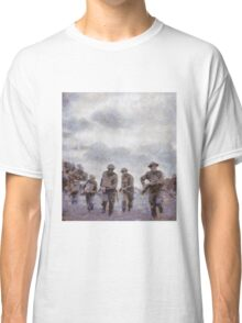 To War - WWII Soldiers Classic T-Shirt