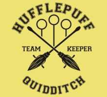 Quidditch - Hufflepuff - Team Keeper by Divum