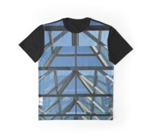 Through the looking glass Graphic T-Shirt