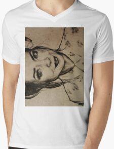 Zoella charcoal portrait. Mens V-Neck T-Shirt