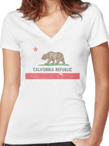 Vintage California Flag Women's Fitted V-Neck T-Shirt