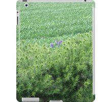 Nearly all green (Hedgerow), Derry, Ireland iPad Case/Skin