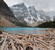 Lake Moraine by 3523studio