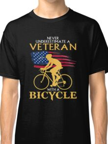 Never underestimate a veteran with a bicycle tshirt Classic T-Shirt