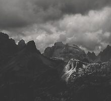 Light peak - BW by Tomáš Hudolin