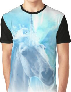 DREAMING UNICORN Graphic T-Shirt