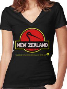 New Zealand: Kiwi Skull Women's Fitted V-Neck T-Shirt