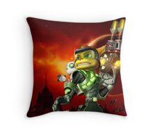 RATCHET CLANK ON ACTION Throw Pillow