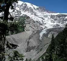 Peak Of Mt. Rainier by davidandmandy
