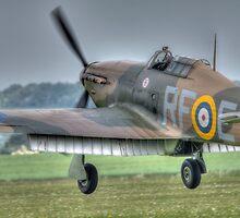 Hurricane XII P3700 G-HURI by Nigel Bangert
