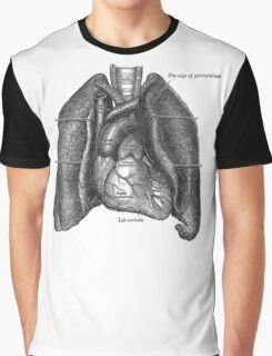 anatomical drawing of lungs and heart Graphic T-Shirt