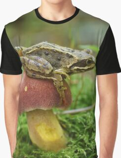 Frog-stool Graphic T-Shirt