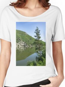 Lean In - a Lone Pine on the Lake Shore Women's Relaxed Fit T-Shirt
