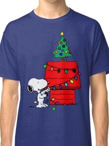 Snoopy Christmas Tree Classic T-Shirt