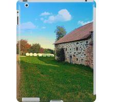 Traditional farmhouse scenery   landscape photography iPad Case/Skin