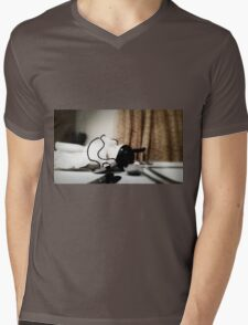 Chinamen Doll Mens V-Neck T-Shirt