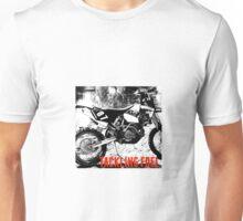 TACKLING FUEL MOTO Unisex T-Shirt