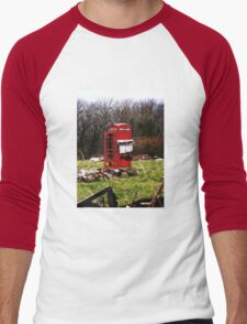 The Red Telephone Box in the Woods Men's Baseball ¾ T-Shirt