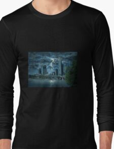 Storm in the city Long Sleeve T-Shirt