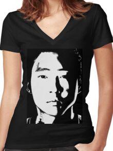The Walking Dead: Glenn Women's Fitted V-Neck T-Shirt