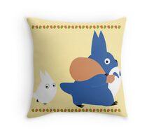 chuu and chibi totoro Throw Pillow
