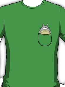 Pocket totoro. Anime T-Shirt